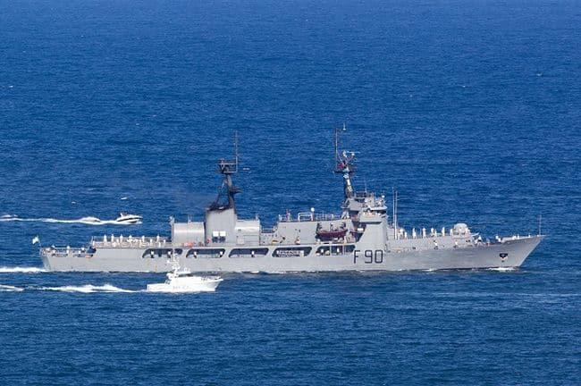 Sydney,,Australia,-,October,4,,2013:,Nigerian,Navy,Nns,Thunder
