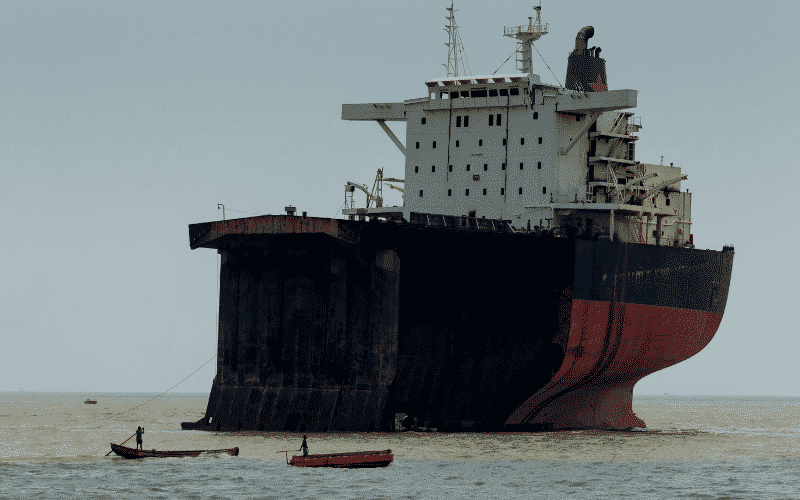 Gadani Harbour & Ship Breaking Yard