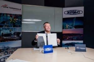 apm-terminals-maersk-signing-meeting-highres